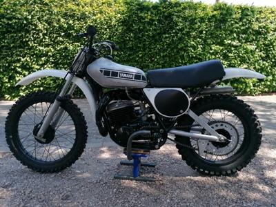 Yamaha MX 400B