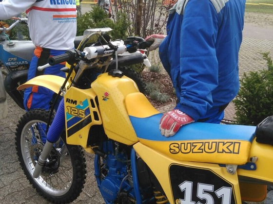 Suzuki RM 125 G GS beim Start 2017 in Sersheim