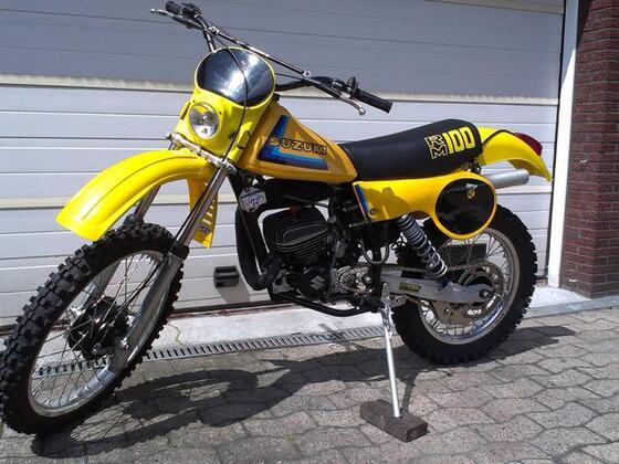 Klassiker des Jahres 2014 - Platz 1 - Suzuki 100