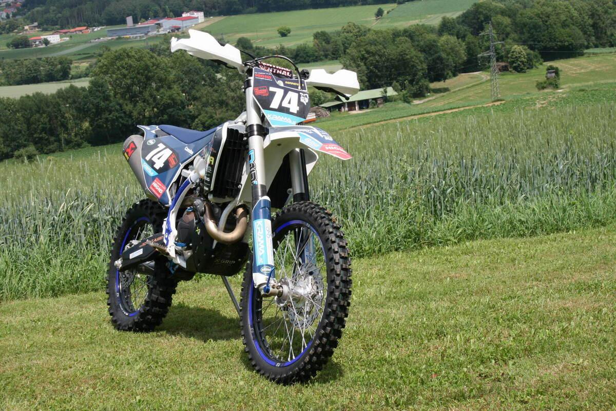 Husky FE450